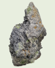 Wavellite-on- a-chert-host-rock-570-2